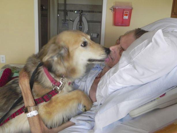 Kevin McClain con il suo cane