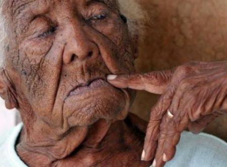 Cuba festeggia i 127 anni della donna più anziana del mondo (video)