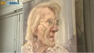 """Il pittore olandese Herman van Hoogdalem, attualmente sta lavorando su ritratti di persone affette da demenza senile. In questa intervista rilasciata a una televisione regionale, racconta di sua madre, vent'anni fa soffriva di questa malattia, dice: """"Non dimenticherò più il suo cambiamento d'espressione facciale e della personalità. L'esperienza che ho […]"""