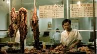 Wan Shen, proprietario della macelleria, garantisce che tutta la sua carne è perfettamente pulita, tutto ciò che vende sono topi freschi, appena catturati. Gli abitanti nella provincia di Guangdong, Cina meridionale, hanno la reputazione di essere in grado di cucinare e digerire qualsiasi alimento, non importa quanto bizzarro. Ora stanno […]