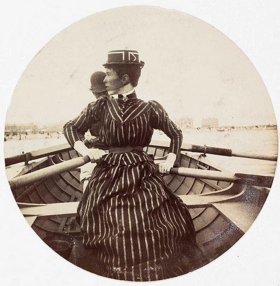 Kodak - Donna in una barca a remi 1890
