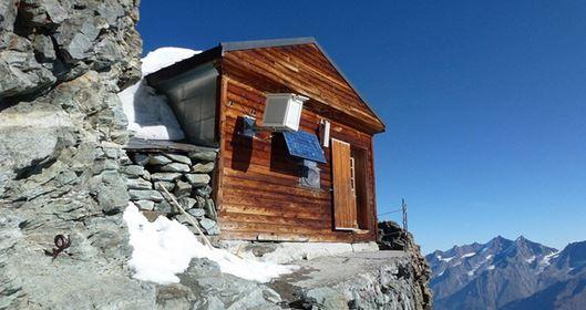 Solvay Hut, clicca l'immagine per vedere altre foto