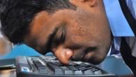 Khursheed Hussain ventitré anni, ha un occhio per i record e il fiuto per superarli dopo aver usato il suo naso per scrivere una frase di 103 caratteri in soli 47,44 secondi. Il giovane indiano già detentore di un record nel Guinness World Records per aver digitato l'intero alfabeto inglese […]