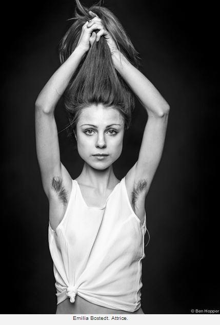 Emilia Nostedt - Attrice con ascelle pelose - Foto di Ben Hopper