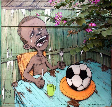 Murale di Paulo Ito - Mondiali di Calcio in Brasile - piccola