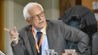"""L'ex Ministro Vincenzo Visco è stato intervistato da AffariItaliani, alla domanda: """"Renzi sembra più impegnato a mettere qualche soldino nella busta paga degli italiani a reddito medio-basso"""", ha risposto: «Lo so. E lo ha fatto con un meccanismo, quello delle aliquote fiscali, che può produrre effetti dirompenti sulla struttura dell'Irpef. […]"""