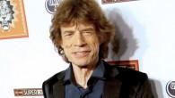 Mick Jagger ha trovato conforto tra le braccia di una misteriosa ragazza bruna. Il cantante dei Rolling Stones è stato visto sorridente,ovviamente godersi nuovamente la vita sul balcone della camera del suo Hotel a Zurigoinsieme a una giovane donna attraente, scatenando l'ipotesi che può avere una nuova fidanzata. Mick Jagger […]