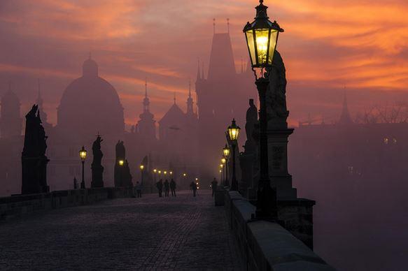 18) Ponte Carlo, Praga, Repubblica Ceca