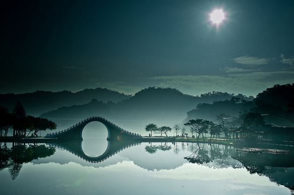2) Luna Bridge, Taipei, Taiwan