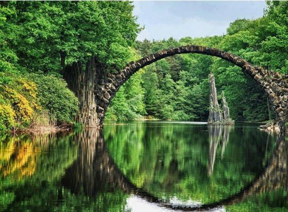 20) Rakotzbrücke, Kromlau, Germania