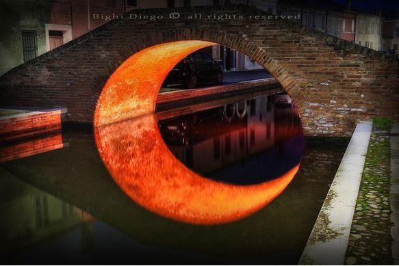 5) Luna Bridge, Ferrara, Italia