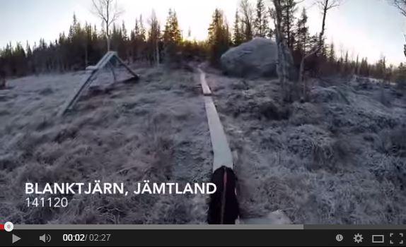 Pattinaggio sul lago ghiacciato di Blanktjärn video