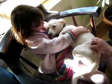 Annie la sua gratitudine per essere stata salvata dall'eutanasia