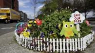 Mill Ends Park a Portland, negli Stati Uniti, ha un diametro di soli 60 cm, in pratica quello di un vaso di fiori, ma non dirlo ad alta voce, soprattutto davanti agli abitanti della città, sin dai lontani anni '40lo considerano il parco più piccolo del mondo, come certificato dal […]