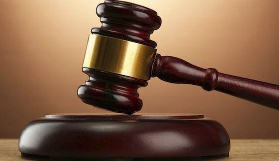 Tribunale Test DNA gemelli stesso padre