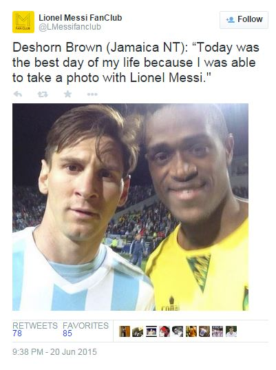 Deshorn Brown selfie con Lionel Messi