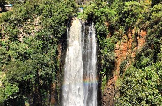 La bellezza dell'Africa cascata