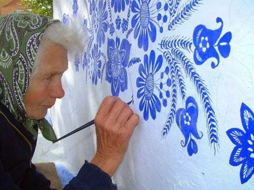 Agnes Kašpárková pittura pareti villaggio