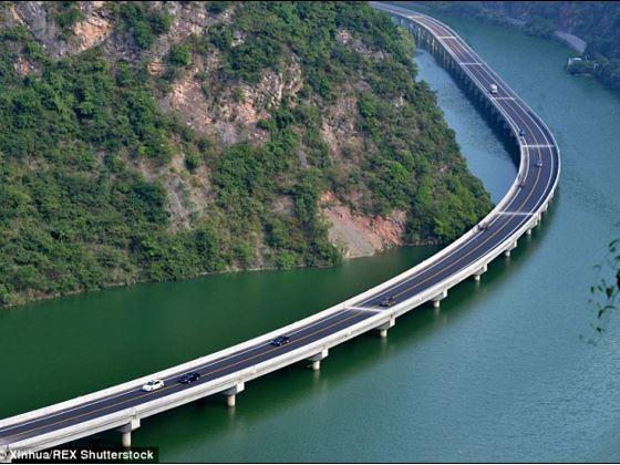 autostrada cinese sull'acqua