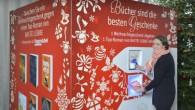Bastei Lübbe uno dei maggiori gruppi editoriali in Germania e Hugendubeltra i più grandi negozi di libri online di tutti i generi, hanno lanciato un'idea insolita per liberarsi di regali di Natale indesiderati. Le società hanno allestito un distributore automatico (nella foto sotto), dove le persone possono scaricare un regalo […]
