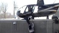 La rocambolesca fuga da un carcere di Quebec è accaduta tre anni fa, il video girato dalle guardie carcerarie è stato appena reso pubblico da Le Journal de Montréal. Ci sono voluti più di sei minuti per i due detenuti per fuggire dalla prigione con un elicottero per voli turistici […]