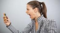 Tutti almeno una volta abbiamo fatto una smorfia critica al suono assordante di un pendolare mentre ad alta voce conversa con qualcuno su un cellulare. Perché urlare al cellulare è così comune? Recentemente, i dottori Adam Rutherford e Hannah Fry hanno risposto alle domande degli ascoltatori intervenuti durante la trasmissione […]