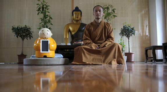 Monaco buddista robot