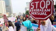 Il presidente indonesiano Joko Widodo come risposta all'indignazione per il brutale stupro di gruppo e omicidio di una ragazza di 14 anni, nel mese di aprile, con effetto immediato per gli aggressori sessuali colpevoli di abuso sui minori, ha approvato la pena di morte e la castrazione chimica, anche se […]