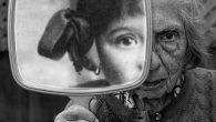 Tony Luciani è nato nel 1956 a Toronto in Canada, in quest'autobiografia ha scritto: «La mia arte è stata chiamata realistica e rappresentativa, eppure sento che si estende oltre i confini di queste due etichette. Il realismo interpretativo e tradizionalmente ispirato può essere una descrizione che sento più vicina. Artisticamente […]