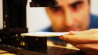 I ricercatori del MIT per il personale specializzato impegnato nei Musei a esaminare documenti storici di valore inestimabile, ma fragili, hanno sviluppato un prototipo di fotocamera che utilizza le radiazioni terahertz per scrutare il testo sulle pagine di un libro chiuso. La radiazione Terahertz può penetrare una vasta gamma di […]
