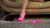 I pornografi inglesi per i loro intrattenimenti per adulti sono già soggetti a divietiriportati in un rigoroso elenco di atti sessuali;il governo è pronto a inserirsi nel loro business ancora più profondamente: in Parlamento è in fase di revisione una legge che costringerebbe i porno siti britannici a chiedere i […]