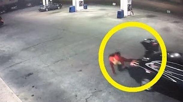 ragazza sequestrata fugge dal bagagliaio macchina