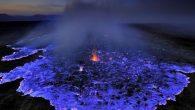 E' un vulcano, ma non come lo conosciamo, questa eruzione cerulea è visibile nella depressione della Dancalia, luogo più inospitale della terra, tra laghi di lava e aree sulfuree al confine con l'Eritrea. La lava del vulcano di solito e di colore rosso-arancio, l'effetto blu è il frutto della combustione […]