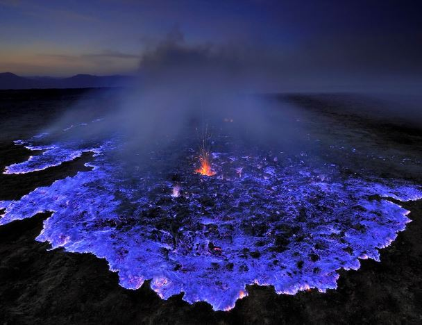 Etiopia - Vulcano blu foto di Olivier Grunewald