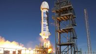 Bob Smith, CEO di Blue Origin, in un discorso al Consiglio Spaziale Nazionale in Virginia, ha detto: «Nei prossimi 18 mesi, nell'aprile del 2019 lanceremo gli esseri umani nello spazio, non saranno astronauti ma comuni cittadini». Blue Origin in precedenza aveva previsto una data di lancio nel 2018, con voli […]