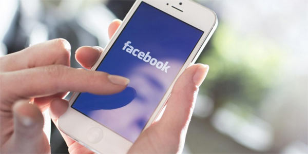 Facebook utilizzo in calo