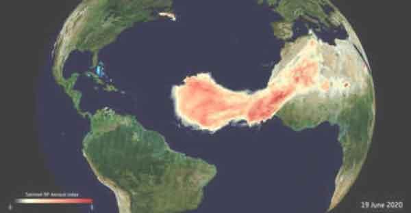 Godzilla enorme nuvola di sabbia del Sahara